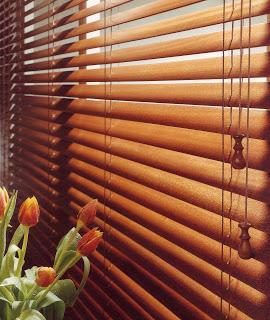 persiana editada macro madera